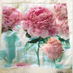 Accents - Pillow Cover Pink Peonies